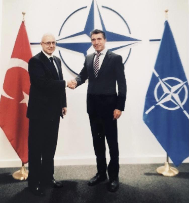 Büyükelçi Fatih Ceylan'ın Brüksel'de NATO Genel Sekreteri Anders Fogh Rasmussen'e atanma mektubunu sunma töreni (20 Eylül 2013)